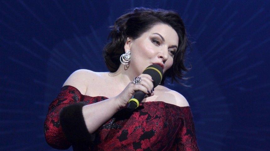 Кслову, вовремя концерта примадонна неограничилась лишь исполнением арий.
