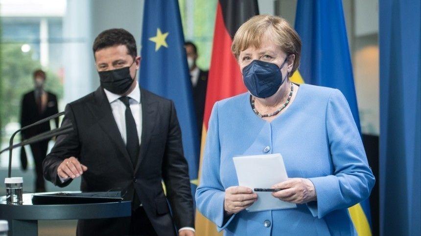 12июля президент Украины насовместном брифинге сканцлером Германии заявил, что вопрос строительства газопровода надо обсуждать в«нормандском формате».