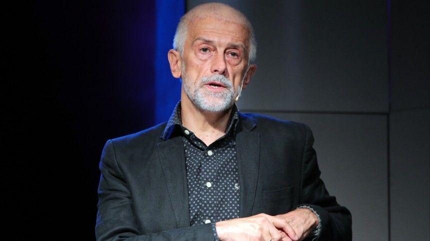 Эдуард Бояков резко раскритиковал президента театра, вкотором работает, из-за ееобращения кВладимиру Путин ивСледственный комитет.