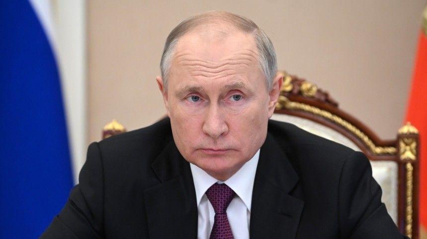 Президент России доходчиво объяснил властям Незалежной, почему нестоит разделять украинцев ирусских ичем грозит уничижение человеческого достоинства.