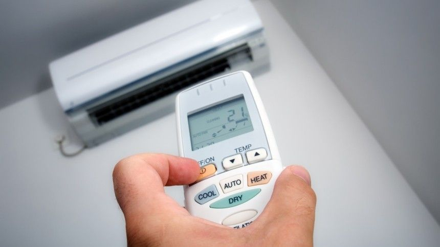 Втеплое время года без кондиционера невозможно. Поможет вентилятор, ноесли устройство будет гонять горячий воздух, точеловек рискует получить тепловой удар.