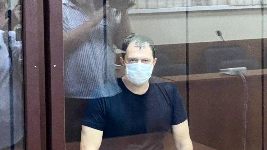Алексею Сафонову грозит до20 лет тюрьмы иштраф в70-кратном размере отсуммы взятки.