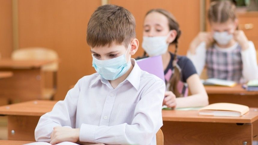 Новый учебный год в российских школах должен начаться в очном формате
