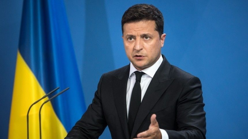 Суд в Киеве обязал возбудить дело о возможной госизмене Зеленского