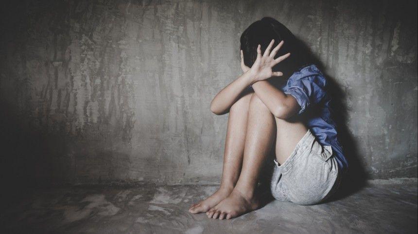 Мать найденных без присмотра несовершеннолетних давно пытаются лишить родительских прав.