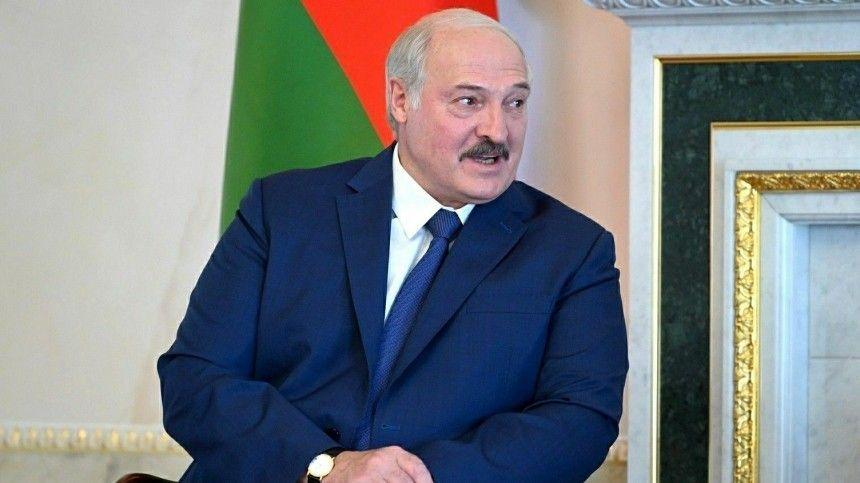 Помнению главы Белоруссии, изменения необходимо тесно увязать сконституционной реформой.