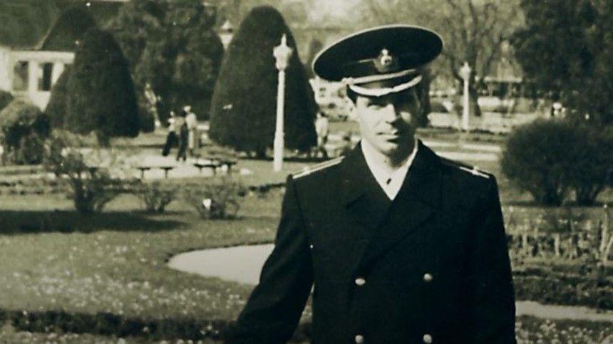 Заверную службу отечеству Владимир Иванович был удостоен ордена Красной звезды.