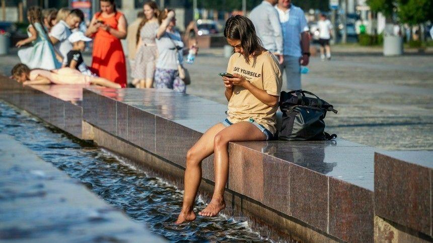 Отом, какая погода ждет жителей европейской России, рассказал научный руководитель метеорологический организации Роман Вильфанд.