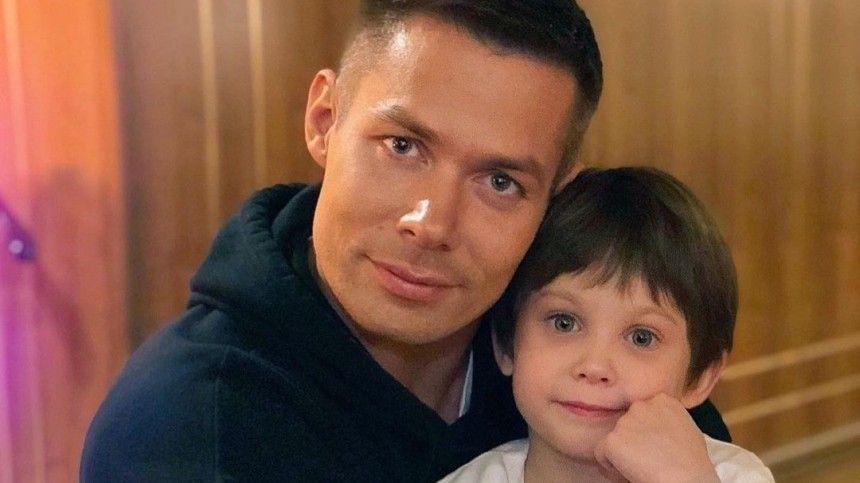 На связи в формате 24/7: Как Стас Пьеха переживает ситуацию с избиением сына