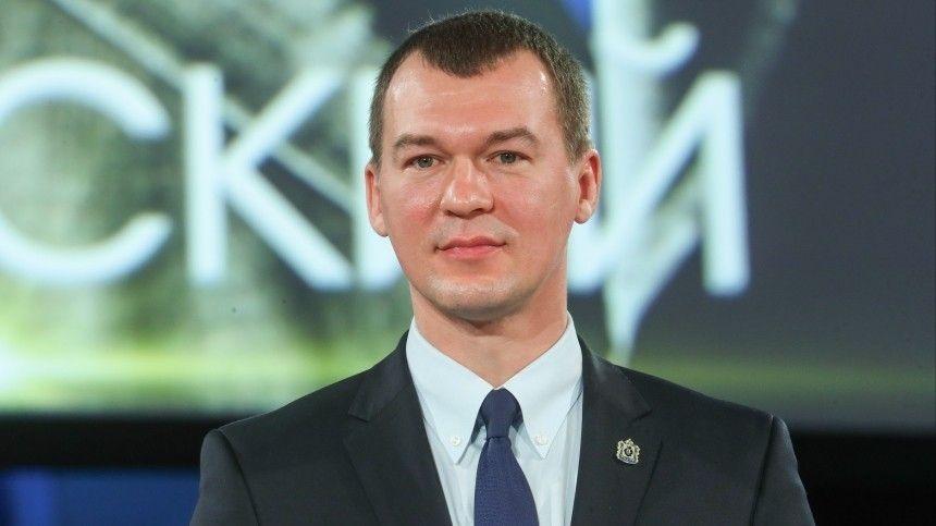 С20июля 2020 года государственный деятель занимает должность временно исполняющего обязанности губернатора региона. Итогами его работы вправительстве РФостались довольны.