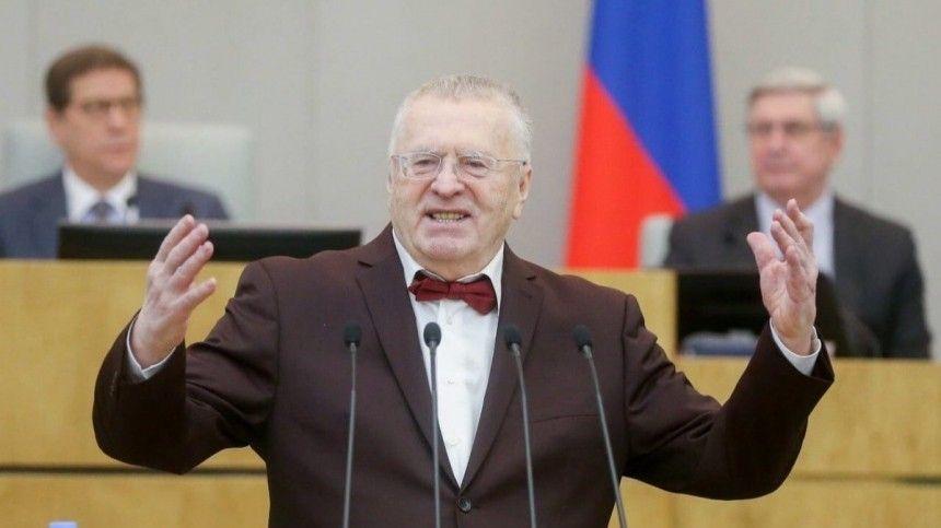 Лидер ЛДПР считает, что директора «Совхоза имени Ленина» ненужно втягивать вполитику.