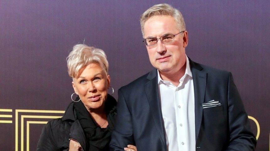 Известный телеведущий впрошлом году потерял свою возлюбленную Юлию.