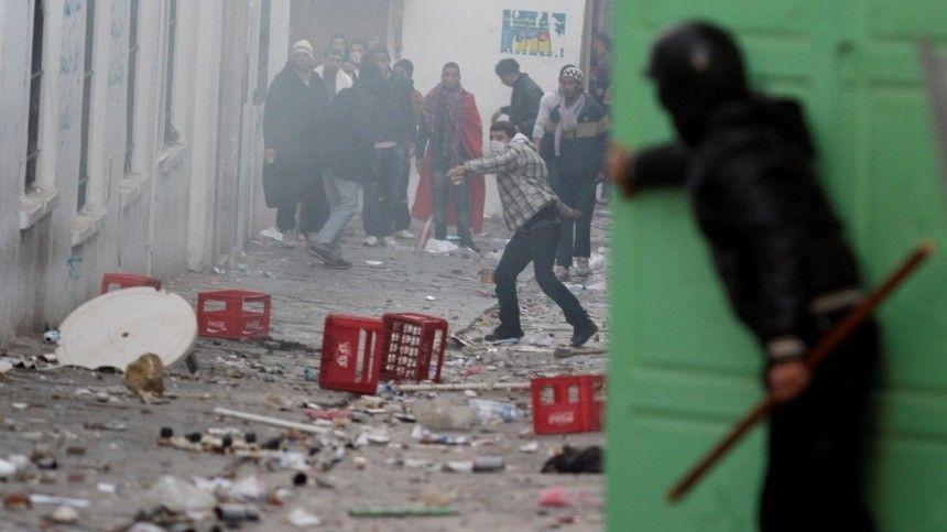 Вафриканской стране продолжаются протесты нафоне политического кризиса.