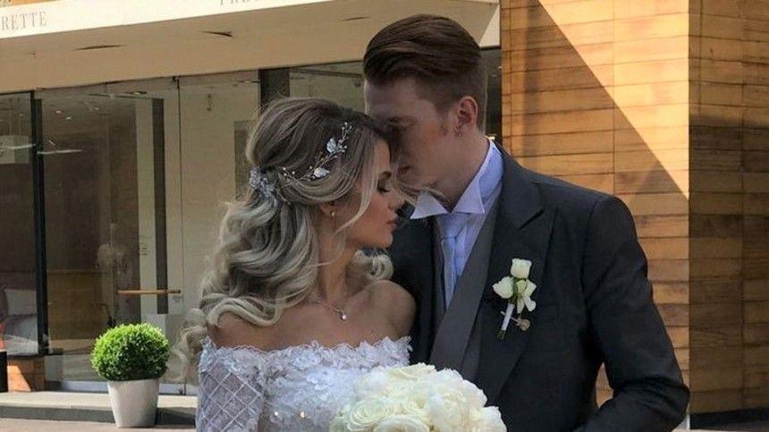 Алена Краснова иНикита Пресняков живут всчастливом браке уже четыре года.