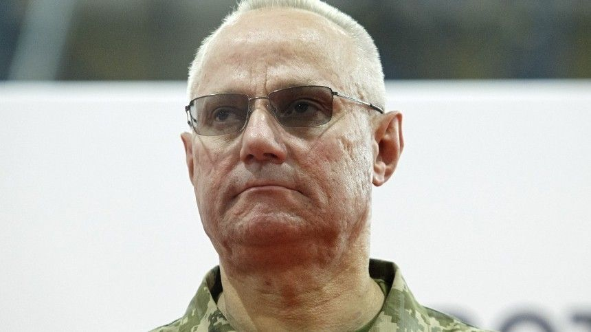 Ранее украинский президент попросил уйти вотставку министра внутренних дел Арсена Авакова.