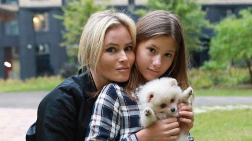 Дана Борисова: У дочери все тело исполосовано, а отец стыдится!