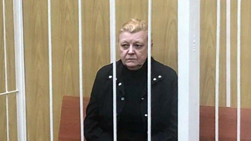 Дрожжину обвинили в краже памятника с кладбища и его установке на могилу матери