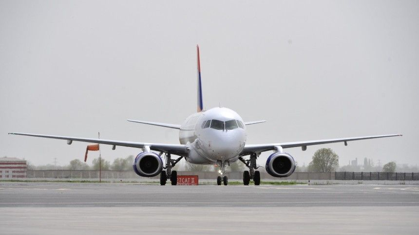 Самолет Superjet подал сигнал бедствия над Тамбовской областью