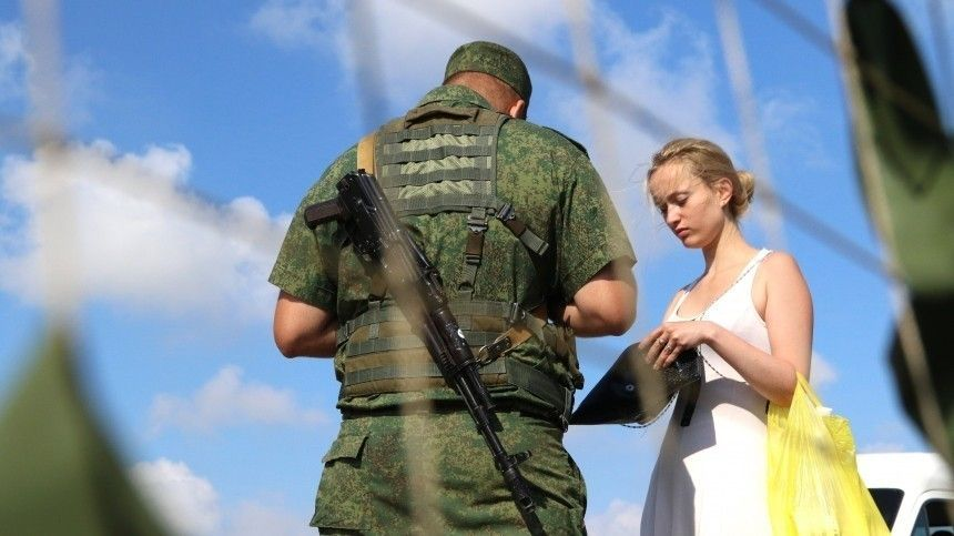 Алексей Арестович заявил, что двум странам нестоит разрывать дипломатические отношения.