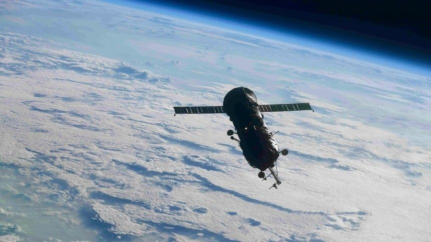 Названы возможные причины новых трещин на российском модуле МКС