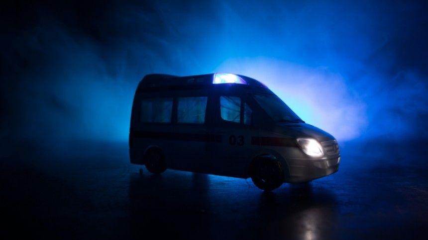Шесть человек пострадали при обрушении подъезда из-за взрыва газа под Липецком
