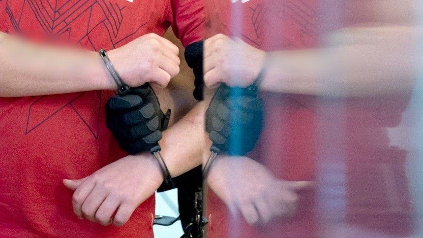 Мужчина без определенного места жительства напал нашкольницу вСолнечногорске ради телефона. Пофакту произошедшего возбуждено уголовное дело.