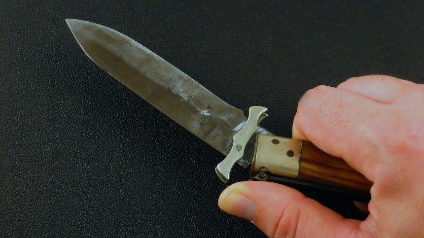 Заколол ножом исбежал: вСеверодвинске ищут убийцу 17-летнего парня