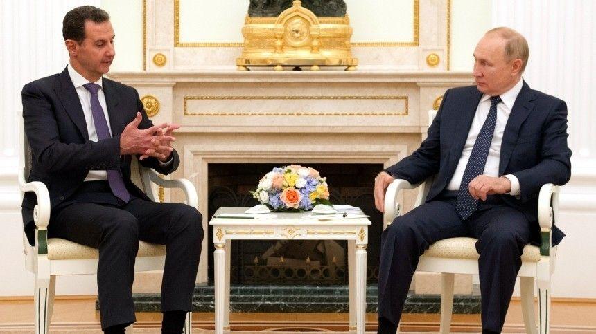 Путин объявил начало поставок вакцин Спутник V и Спутник Лайт в Сирию