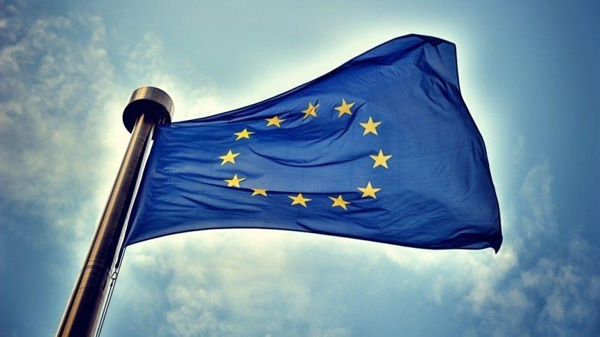 Несмотря наобострение отношений сПятой республикой, Австралия продолжит диалог сЕвросоюзом посоглашению освободной торговле.