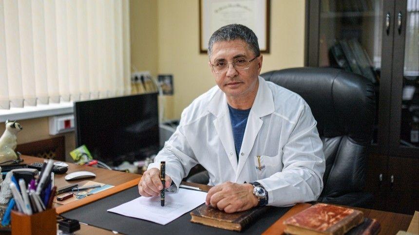 Врач поведал огенетической обусловленности различных болезней. Поего словам, группа крови может повлиять наразвитие заболеваний.