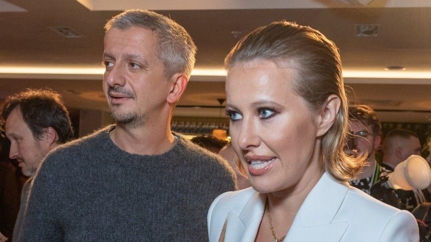 Людмила Поргина считает, что втеатральные постановки надо вводить цензуру.