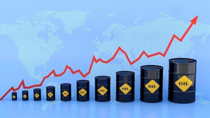 Спрос на«черное золото» растет нафоне сокращения запасов вСША.