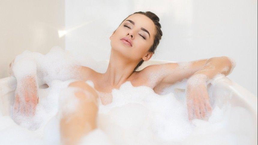 Оказывается, даже обыкновенное желание снять дневную усталость приемом ванны может таить всебе вред для женского здоровья.