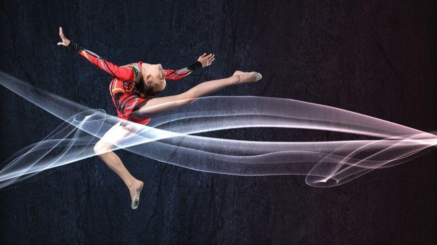 Лала Крамаренко винтервью для 5-tv.ru рассказала, как появился ееавторский пируэт ссогнутой ногой.