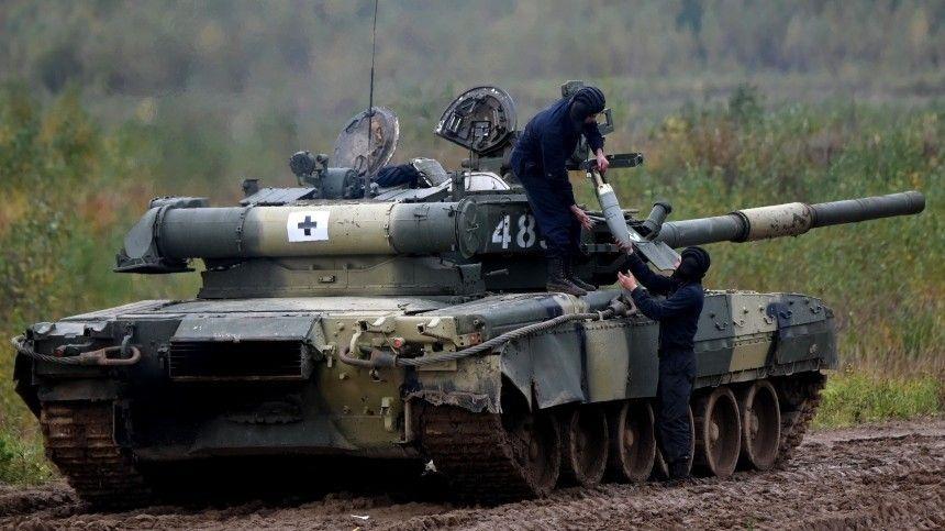 Защита и опора России: Сухопутные войска ВС отметили профессиональный праздник