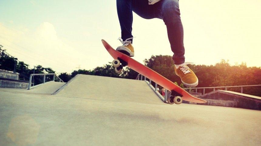 Японский пенсионер переплюнул подростков везде наскейтборде