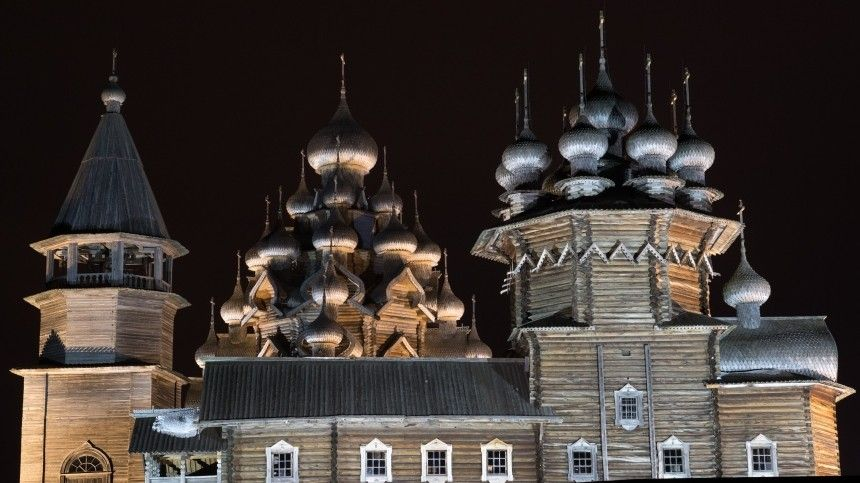 Священник о традициях Покрова Богородицы: Нельзя осквернять нашу жизнь грехом