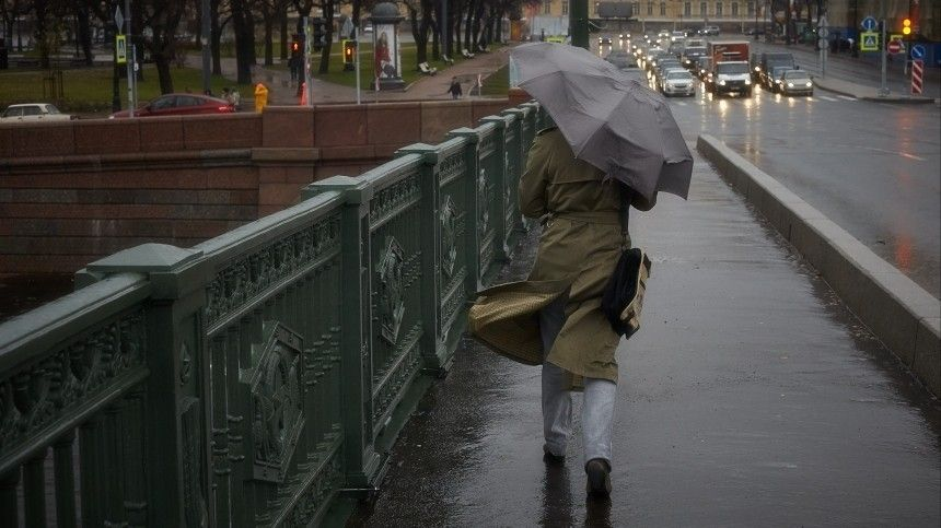 Сильнейший шторм накрыл Петербург
