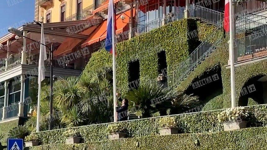 Напразднование бракосочетания Андрея Вавилова иСофи-Антуанетты Дилуа вИталию съехался почти весь российский бомонд. Теперь уиностранного отеля происходят странные вещи.