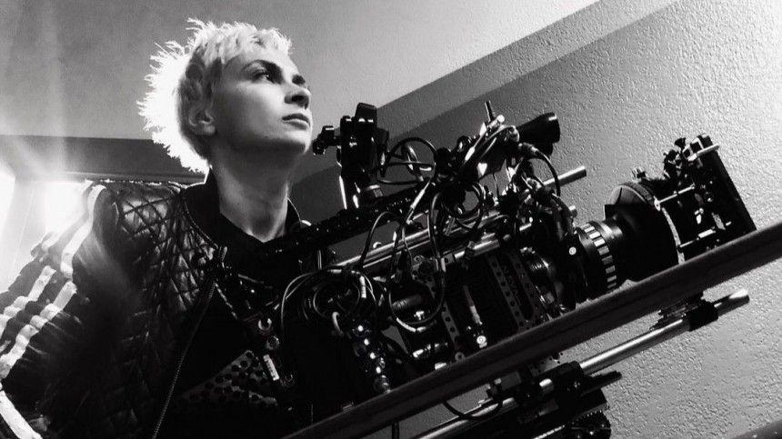 Американский институт киноискусства опубликовал заявление, вкотором пообещал, что поможет тем, кто подобно Хатчинс, «стремится воплотить свои мечты вхорошо рассказанных историях».